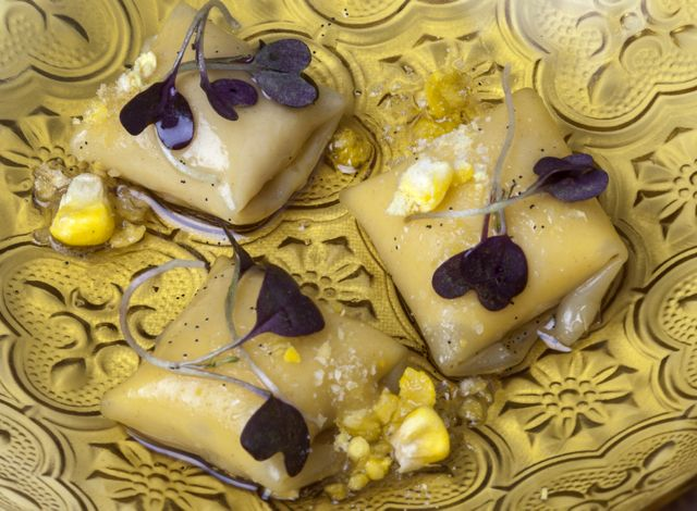 dish - Corn and vanilla wanton ravioli-BLOG-ESTEBAN-CAPDEVILA